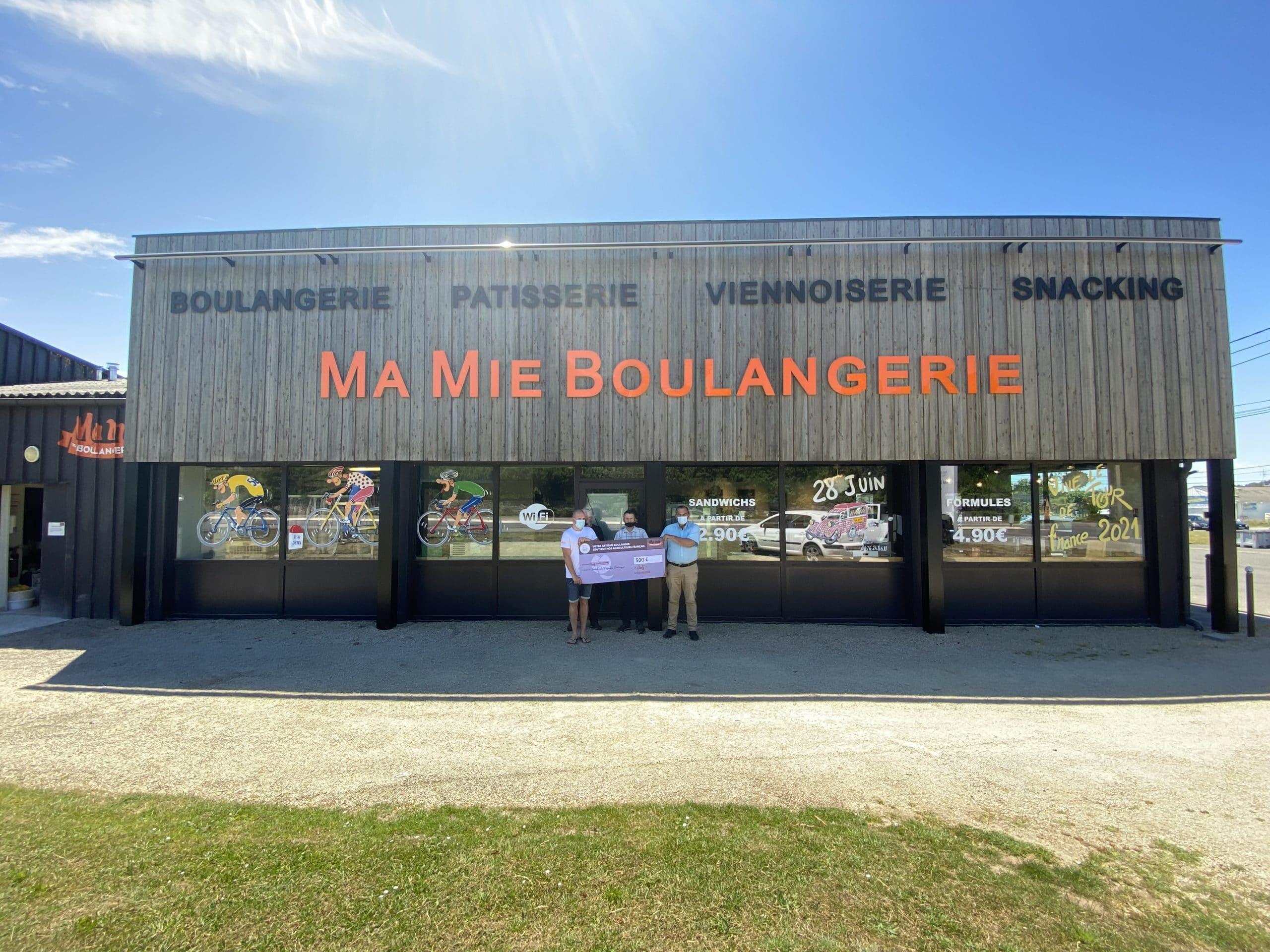 Ma Mie Boulangerie revers 500€ à Solidarité Paysans Bretagne